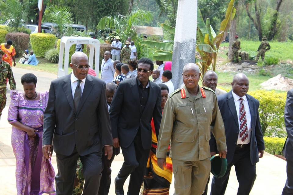 Ministers Kutesa and Gen. Jim Muhwezi welcome the president
