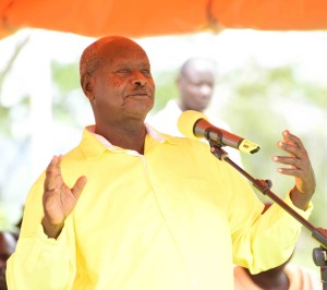 President Museveni addresses people of the Rwenzori region