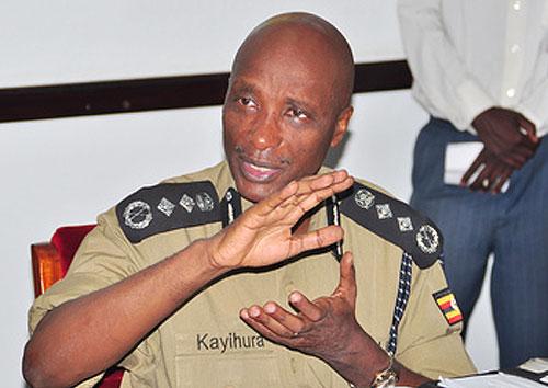 APOLOGISED ON BEHALF OF POLICE FORCE: Inspector General of Police Gen kale Kayihura