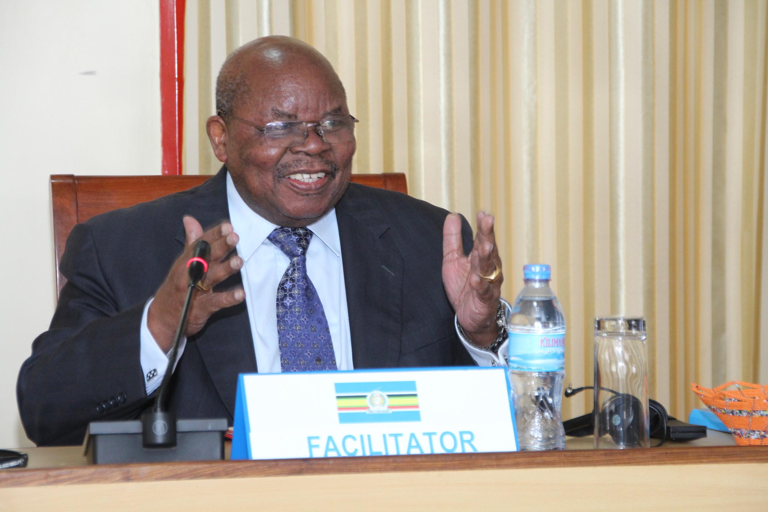 FACILITATOR: Former Tanzanian President Benjamin Mkapa addressing delegates at the just-concluded Inter-Burundi Dialogue