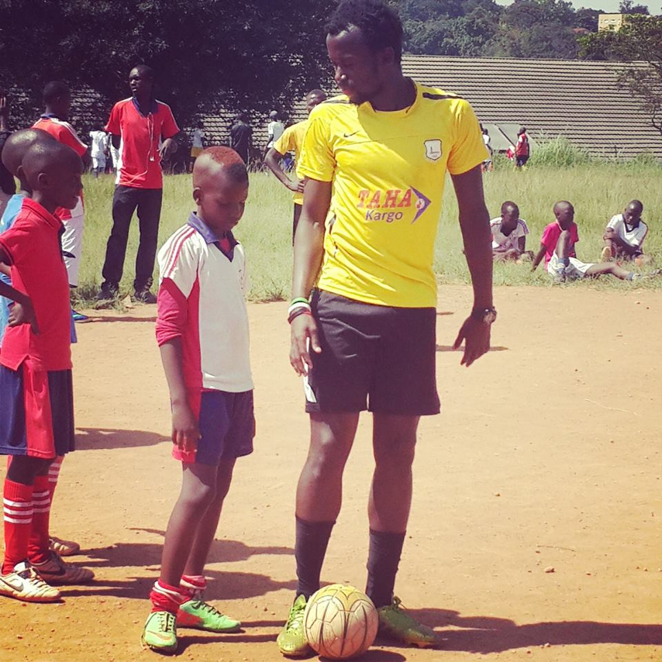 The experienced Savio Kabugo who went through the ranks at Proline Football Academy and SC Victoria University seen training kids is keen on passing on his skills to youngsters