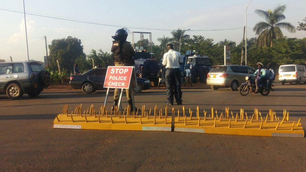 Roads leading to and around Nakawa court were on Wednesday morning sealed off ahead of Dr. Besigye's hearing.