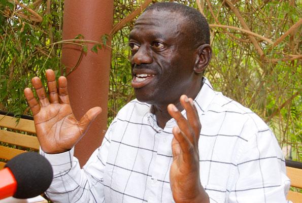 ACCUSED OF DIVERSION: Dr.Kizza Besigye