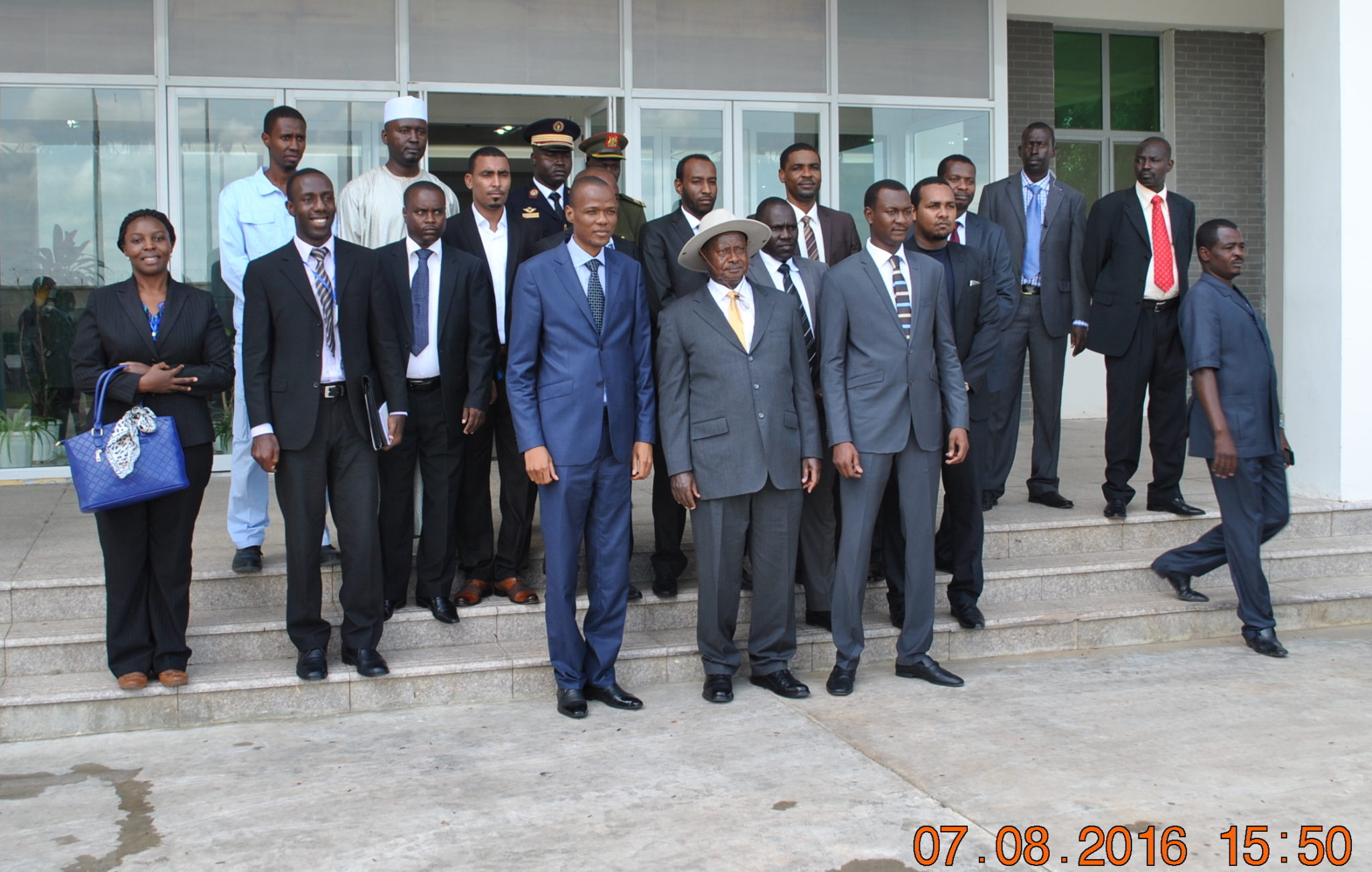 President-Museveni-with-Chad's-Minister-Djérassem-Le-Bémadjiel-and-their-respective-delegations-at-the-oil-refinery