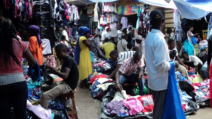 Sell second hand clothes online