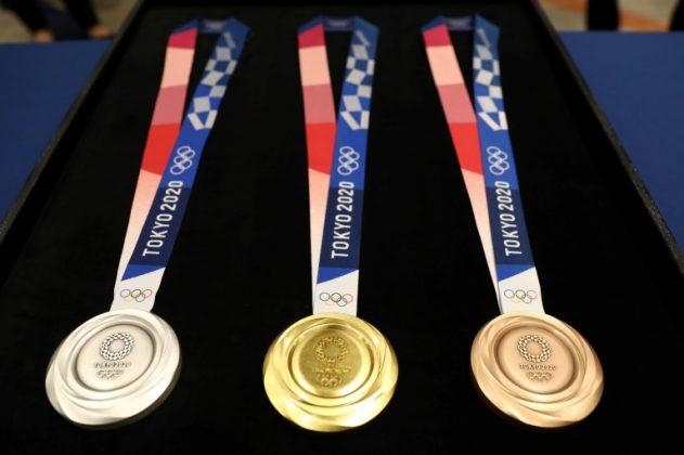 Tokyo unveils 2020 Olympics medal designs - Eagle Online